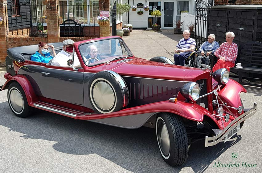 Allonsfield House care home resident realises dream of classic car outing