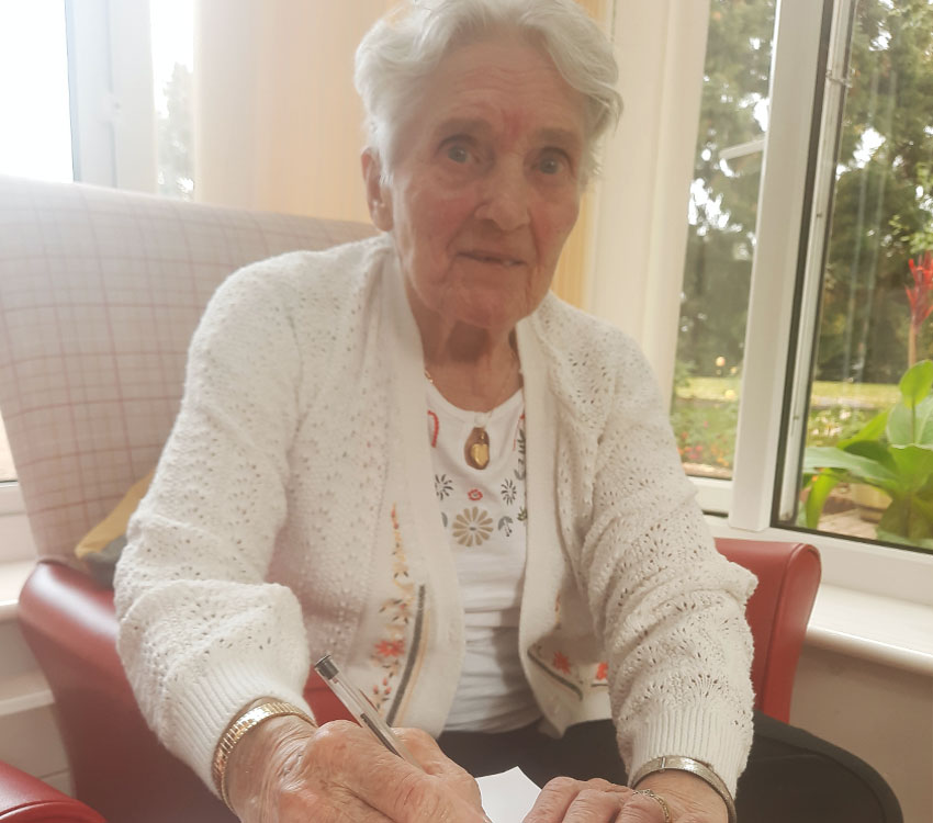 Pensioners find the write way to keep in touch at Hadleigh Nursing Home