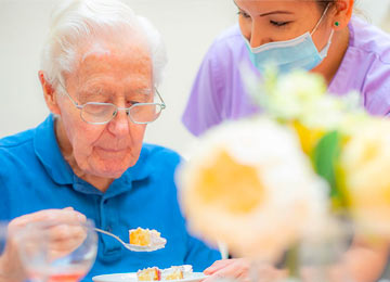 personal care & beauty treatments at Queen Charlotte Nursing Home
