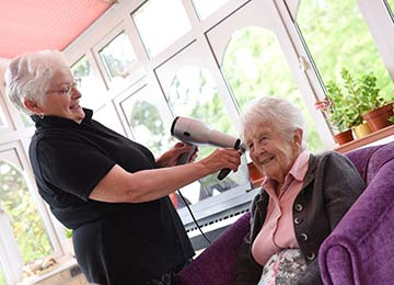 personal care & beauty treatments at Depperhaugh Nursing Home